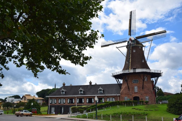 Memorial da Imigracao Holandesa